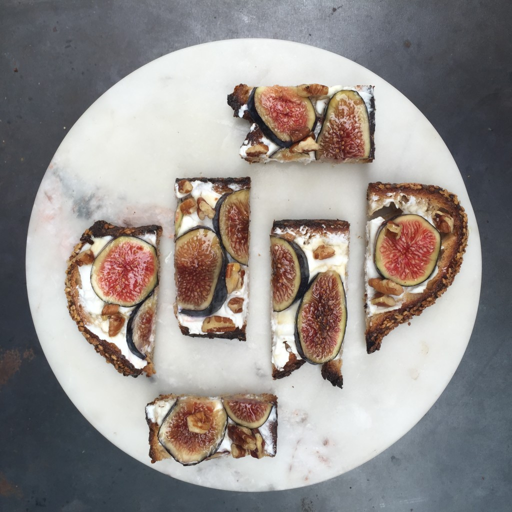 figs on toast love-fed.com